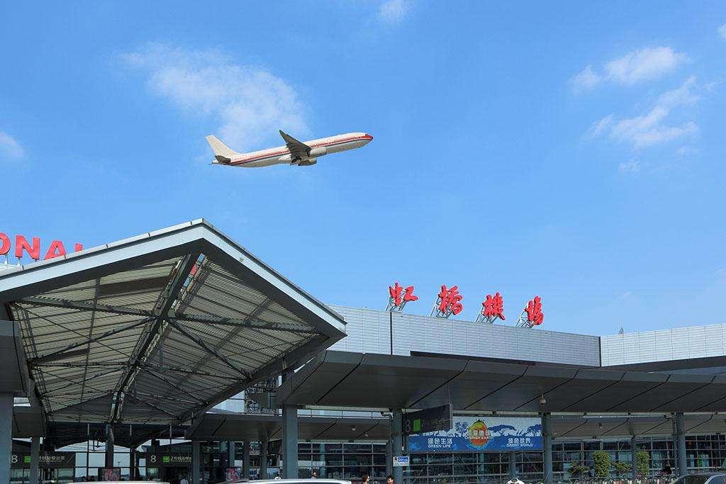 上海虹桥机场灯箱广告